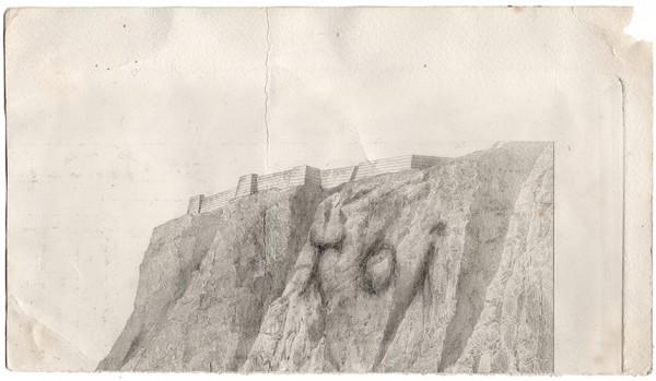 TOI, falaise, 2010. Mine de plomb sur gravure, 17 x 27 cm.