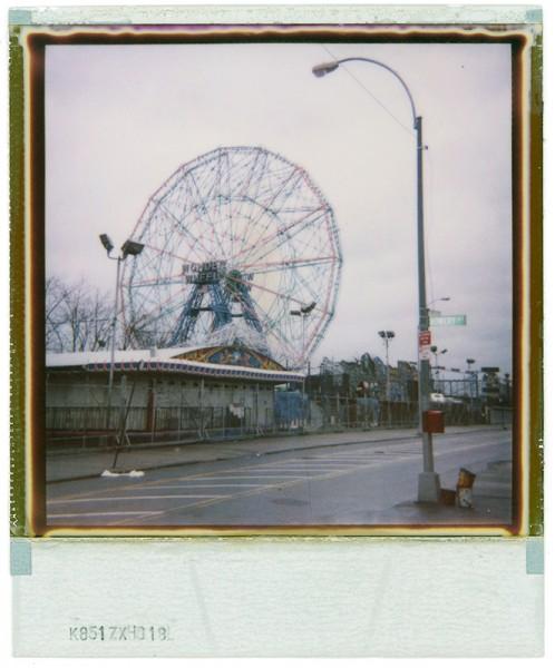 Coney Island, 2010. Tirage lambda, 100 x 80 cm.